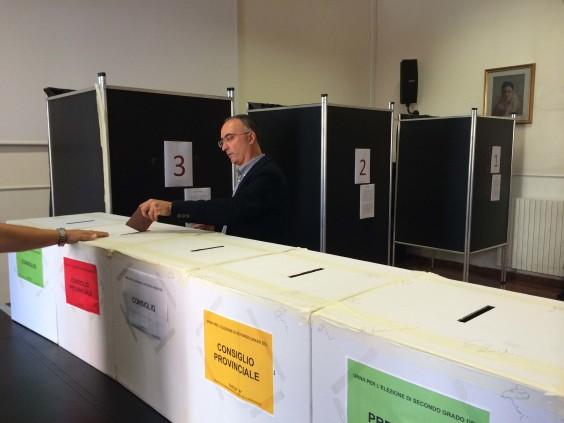 Izzo voto provincia