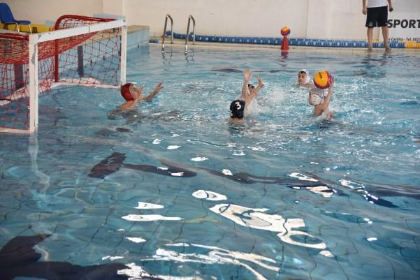 manifestazione piscina 4
